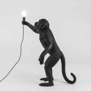 Czarna lampa monkey marki seletti