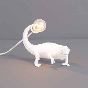 lampa w kształcie kameleona