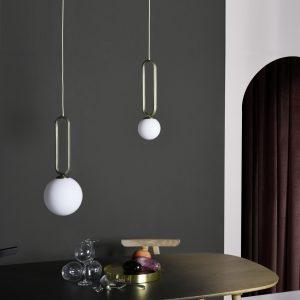 dwie lampy cime wiszące eno studio nad stołem