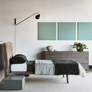 baluna wall long w sypialni nad łóżkiem
