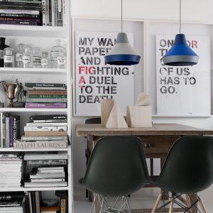 dwie lampy ili ili marku grupa nad stołem
