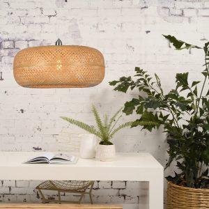 naturalna lampa palawan nad stołęm