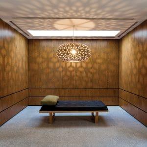 Lampa wisząca bambus Snowflake David Trubridge aranżacja w pokoju_.jpg